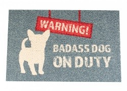 """Warning Badass dog on duty"" Dørmatte"